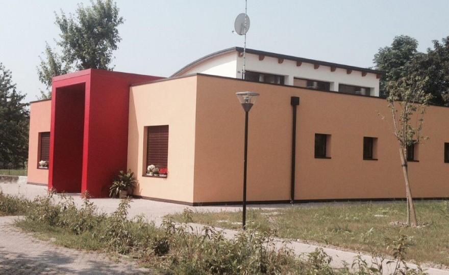 Stefano Bonaccini all'inaugurazione del Ponte, centro diurno socio-assistenziale a Fidenza (PR)